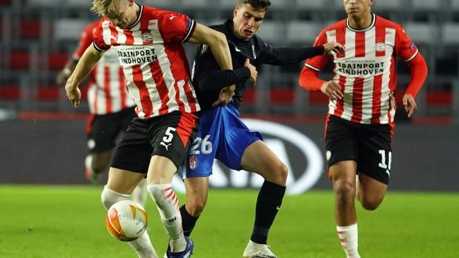 Imagen del encuentro entre PSV Eindhoven y Granada CF en Europa League | Foto: Pepe Villoslada / Granada CF