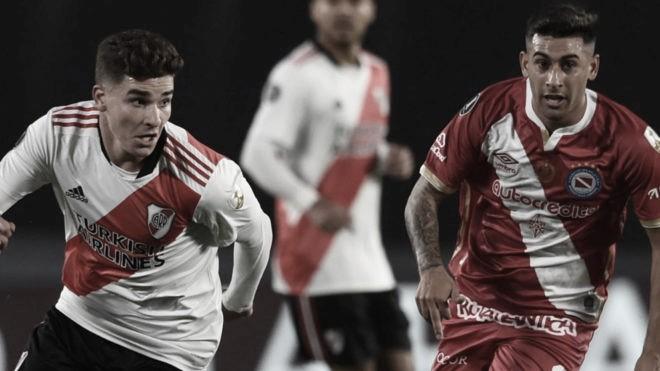 Argentinos Juniors y River en busca de la clasificación