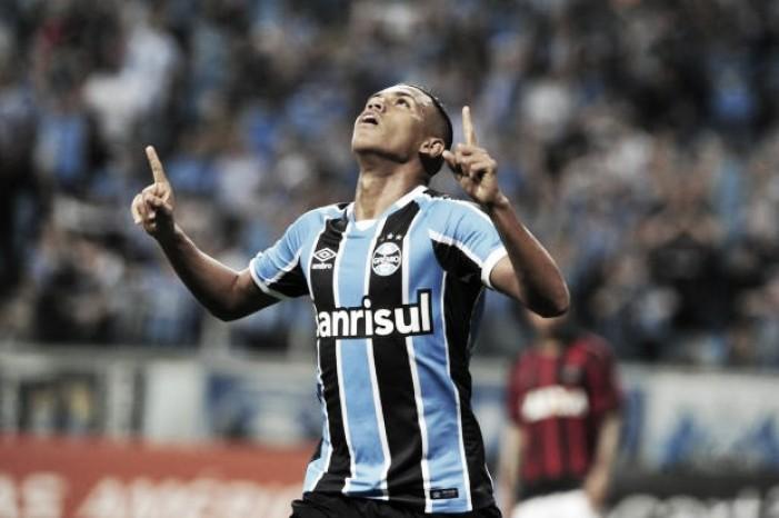 Grêmio bate Atlético-PR com gol de Pedro Rocha e aproxima-se do G-6