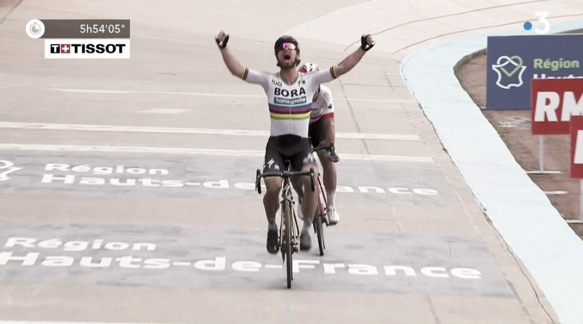 Parigi-Roubaix, capolavoro e trionfo di Peter Sagan