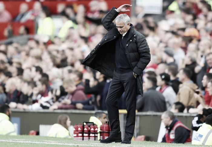 """Mourinho lamenta empate em Old Trafford com Stoke: """"Nosso melhor jogo na temporada"""""""