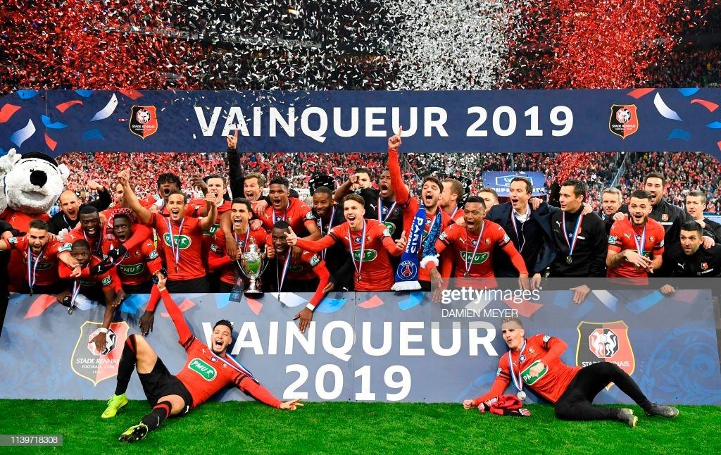 Rennes derruba PSG em reviravolta