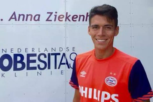 Héctor Moreno pasa la revisión médica con el PSV