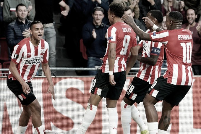 PSV aproveita problemas defensivos do Sporting e vence na estreia da Europa League