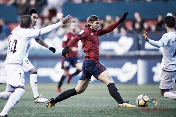 Los dos goles de Xisco no logran superar al Numancia en El Sadar