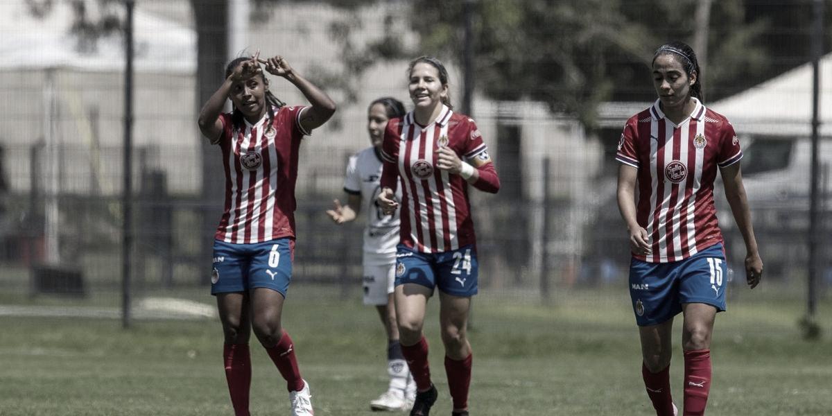 Chivas Femenil golea a Pumas y se clasifica a la Fiesta Grande