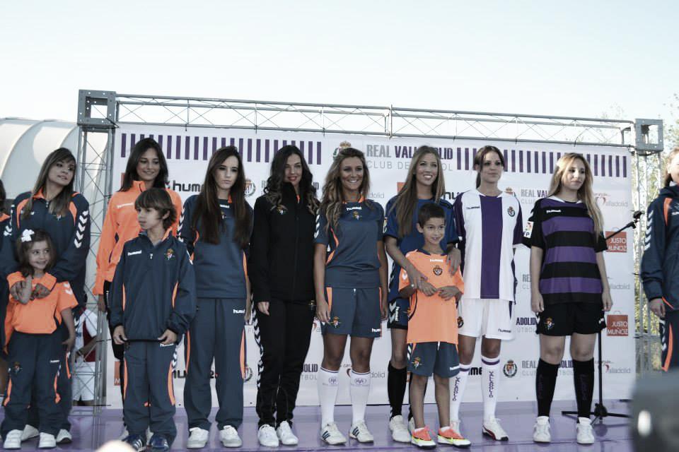 El Real Valladolid presenta la nueva equipación 2013/2014