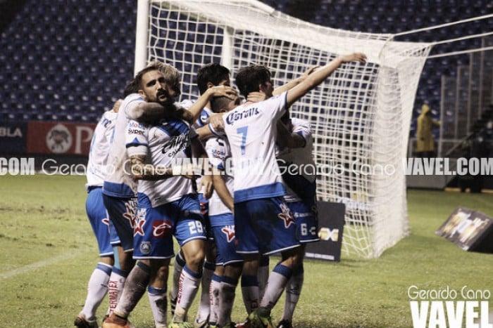 Toluca derrota a Puebla y avanza en la Copa
