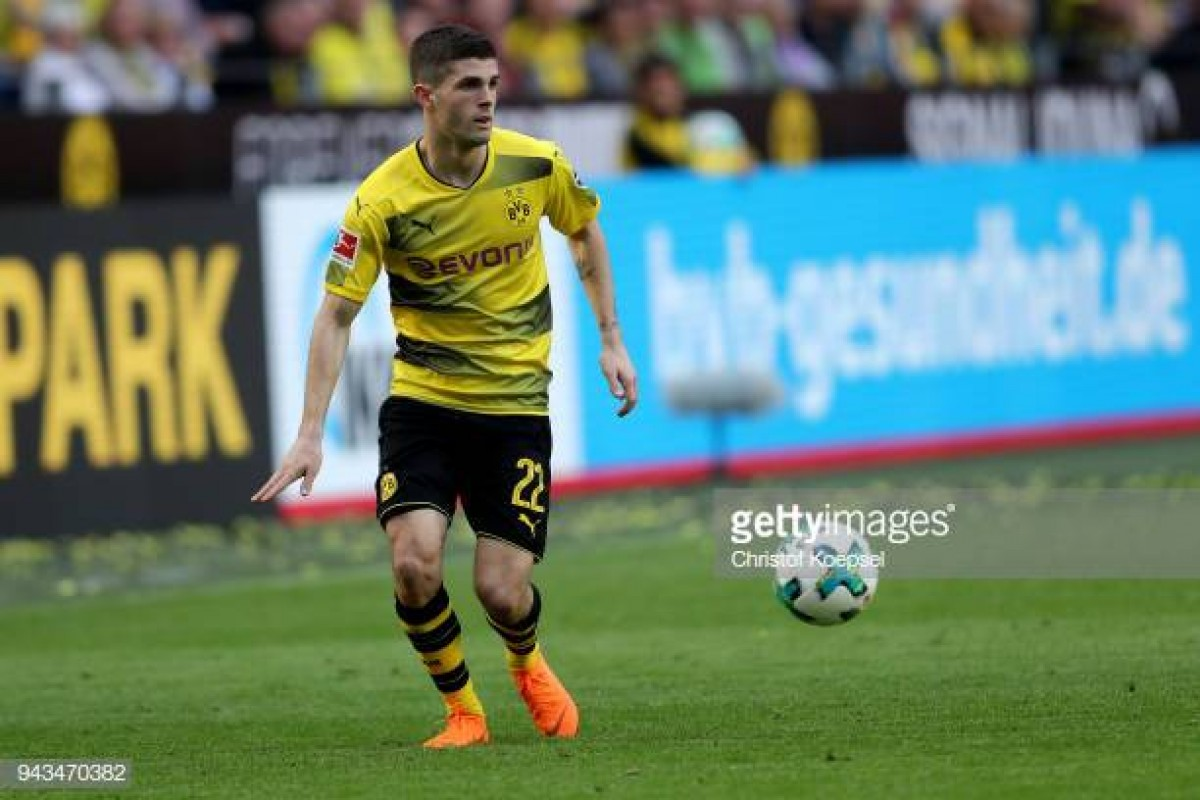 Christian Pulisic's father hints at Premier League move as €70 million price-tag is suggested