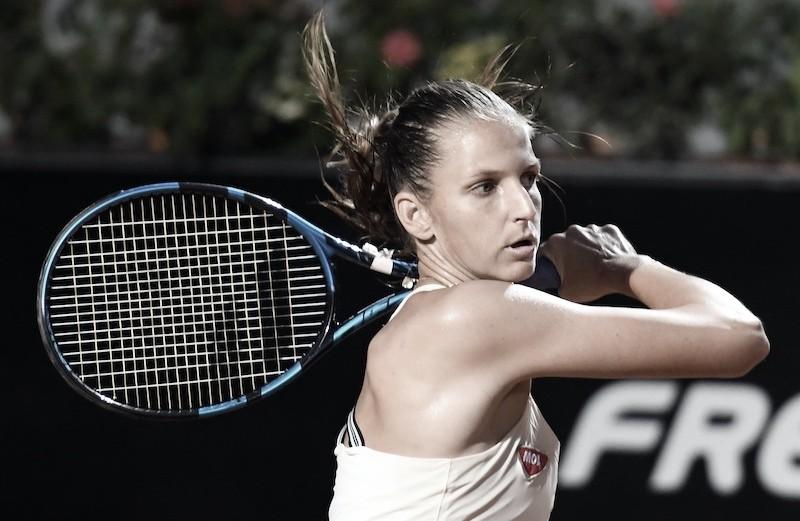 "<p><font size=""5""><b>Karolina Pliskova durante a la final de Roma cuando se retiró por lesión. @InteBNLdItalia</b></font></p>"