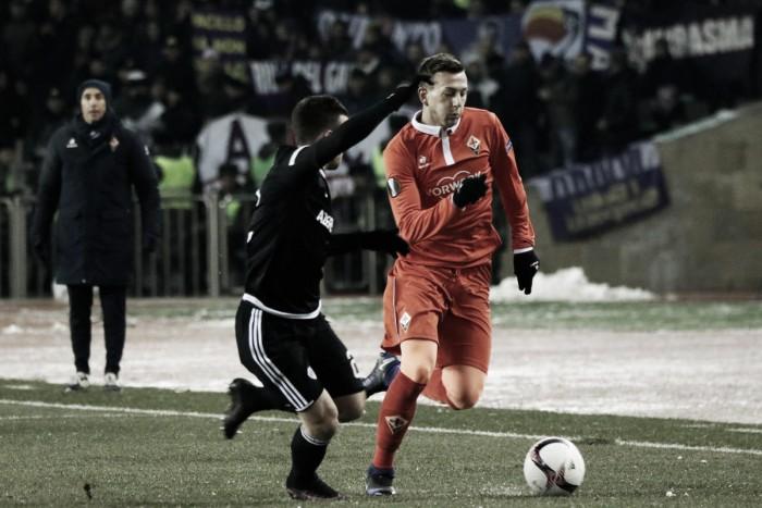Fiorentina vence Qarabag fora de casa e garante classificação como líder do Grupo J