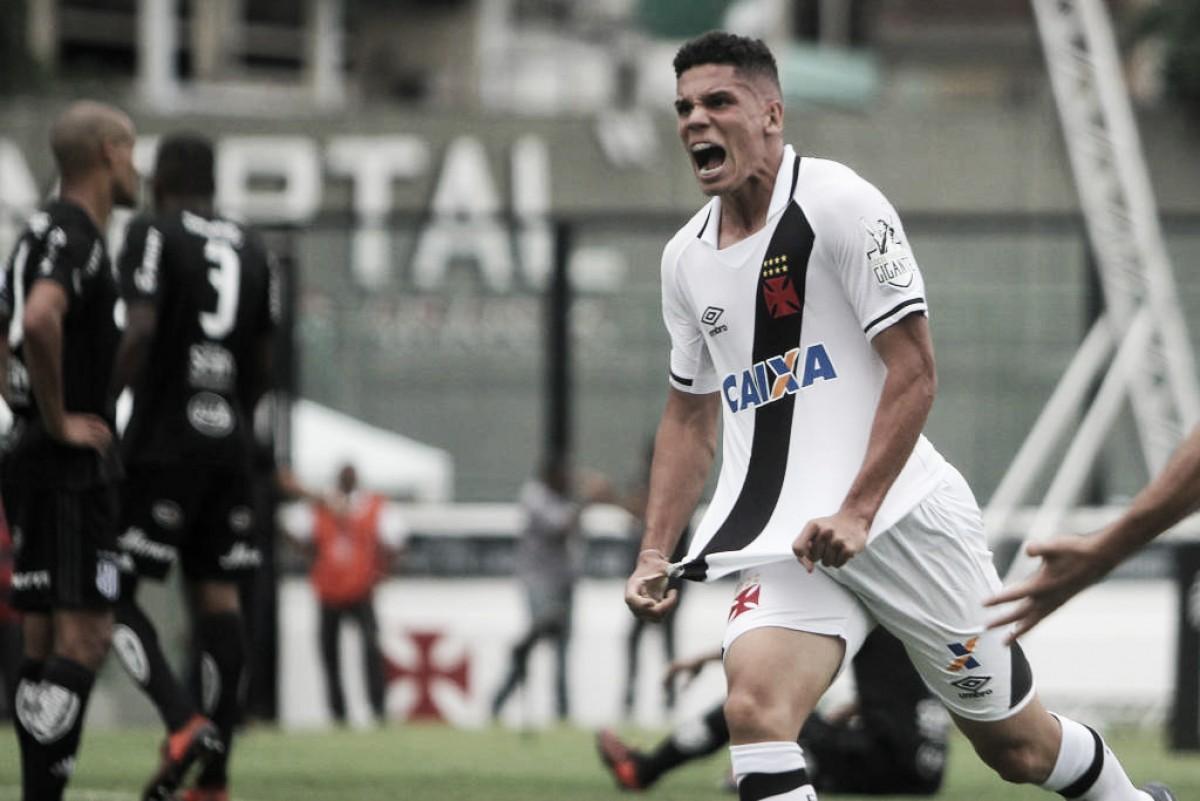 Após vitória, atacante Paulinho fala sobre atuação do Vasco contra o Madureira
