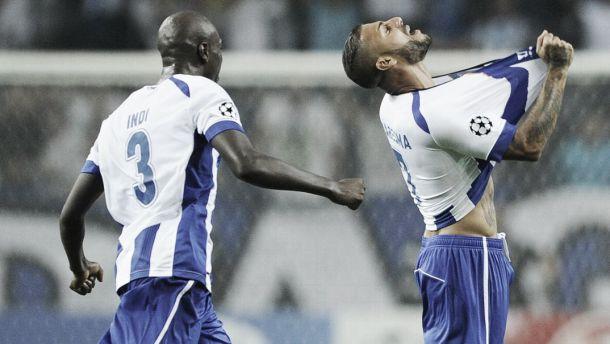 Magia de Quaresma dá vitória ao FC Porto