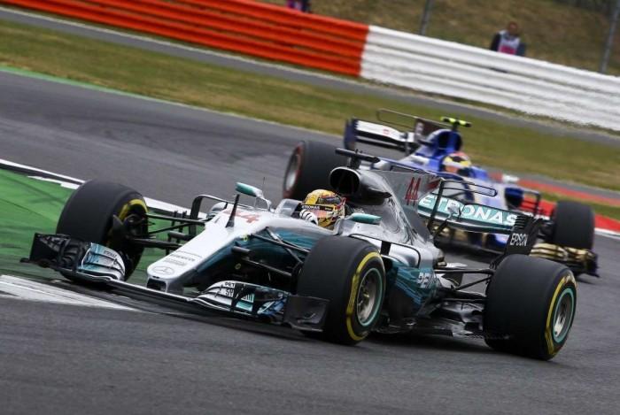 F1, GP di Gran Bretagna - Hamilton favorito, Ferrari di strategia
