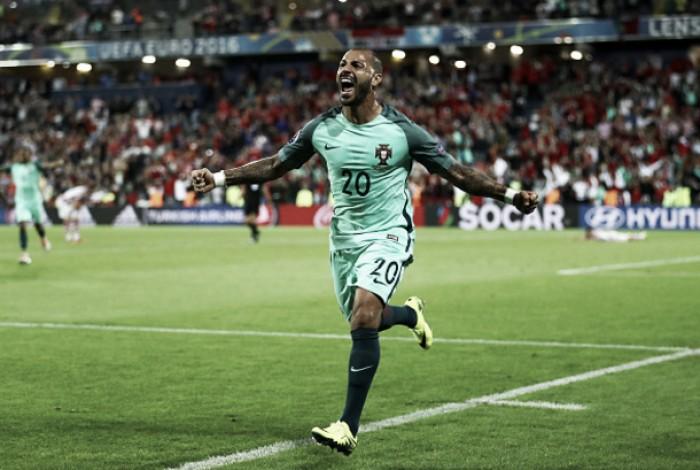 El 'factor Quaresma' pone a Portugal en cuartos de final