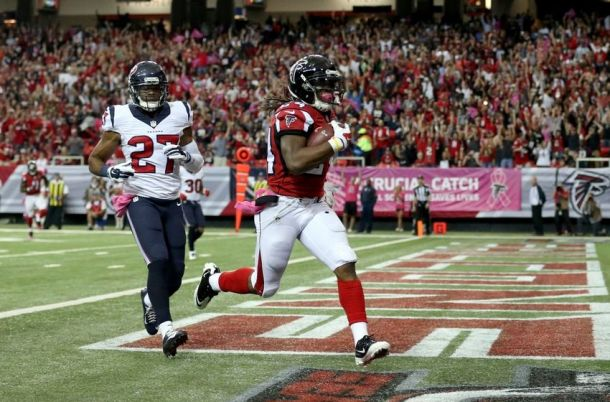 Devonta Freeman Wins VAVEL USA's Offensive Player Of The Week For Week Four