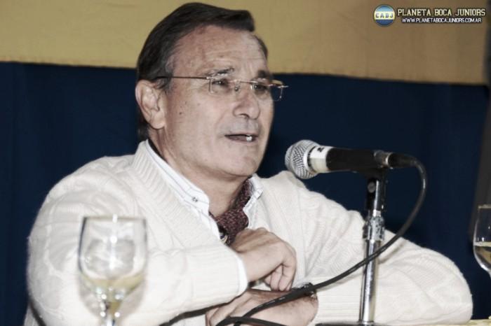 """Royco Ferrari: """"Tevez va a seguir en Boca"""""""