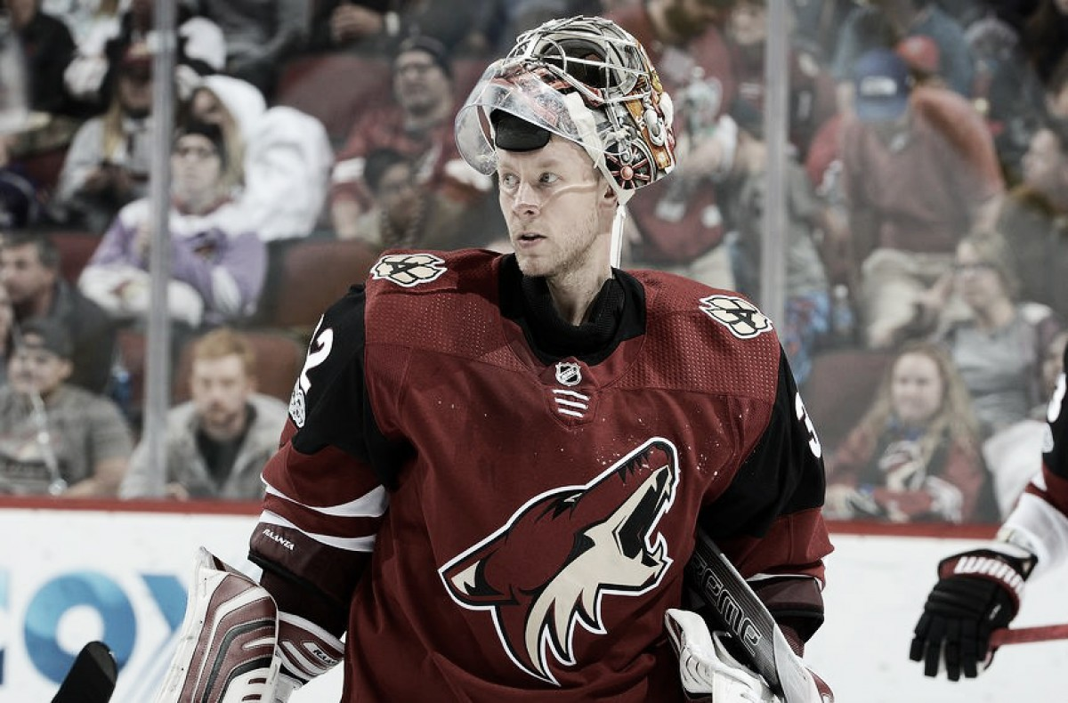 Arizona Coyotes want to keep Antti Raanta