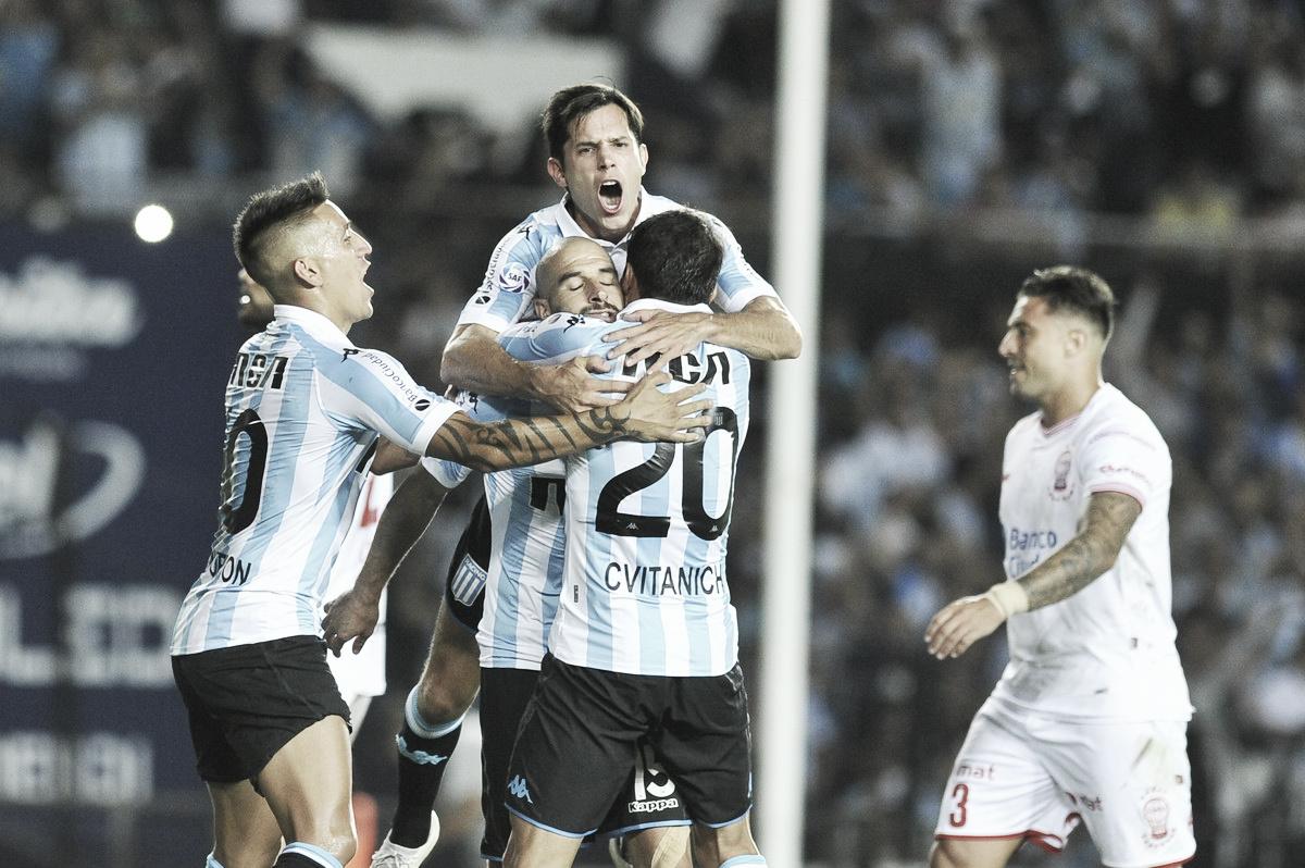 Racing vence a Huracán y ratifica su liderato en la Superliga