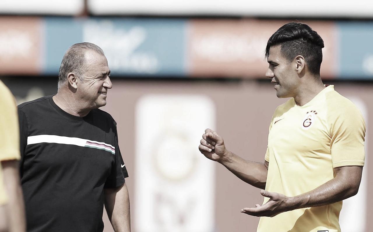 Fatih Terim, entrenador de Falcao en Galatasaray, y un directivo del club, contrajeron el virus COVID-19