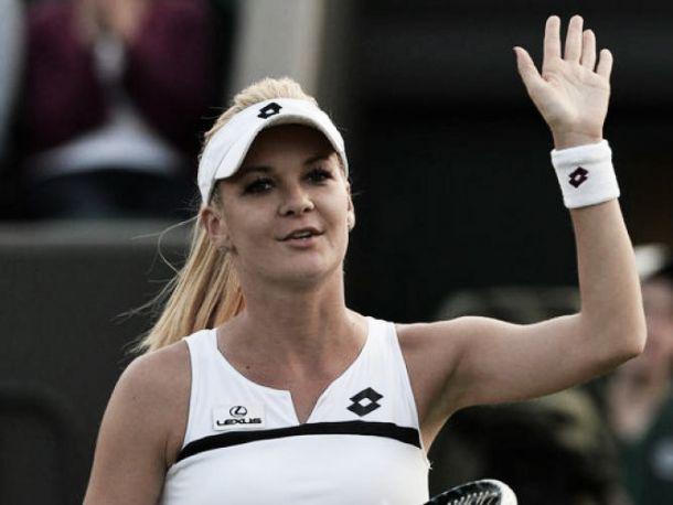 WTA Pechino: Halep si ritira, avanti la Radwanska