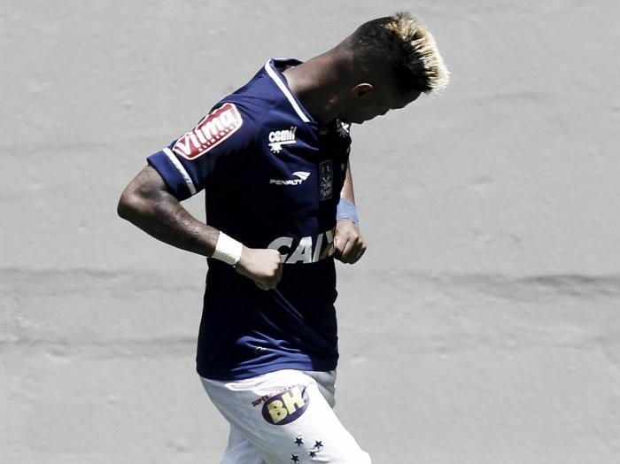 Cruzeiro acerta empréstimo de Rafael Silva ao Figueirense até o fim da temporada