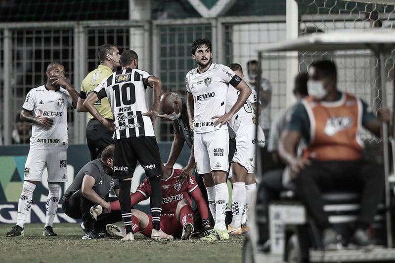 Atlético-MG confirma fratura no ombro do goleiro Rafael