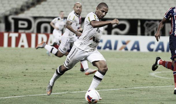 """Autor do gol sobre Botafogo, atacante Rafael Costa comemora: """"Foi a vitória da motivação"""""""