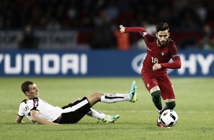 Benfica agarra Rafa Silva e empresta Óscar Benítez ao SC Braga