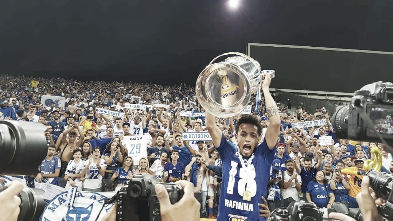 Cruzeiro volta a vencer o Corinthians e se consagra campeão da Copa do Brasil
