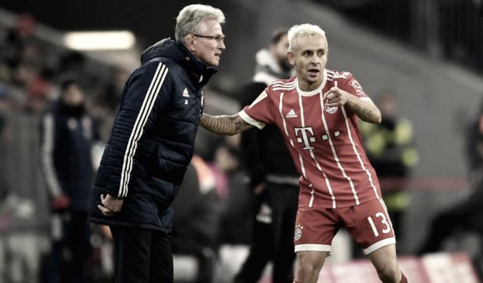 """Jupp Heynckes espera contar com lateral Rafinha nas próximas temporadas: """"Profissional"""""""