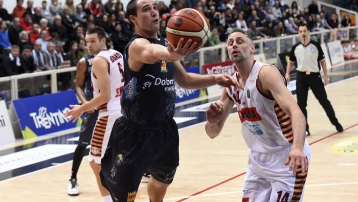 Trento torna a comandare e doma Venezia: 2-2 la serie