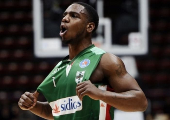 LegaBasket Serie A - Ragland sontuoso, Avellino torna alla vittoria: Cantù battuta 92-86
