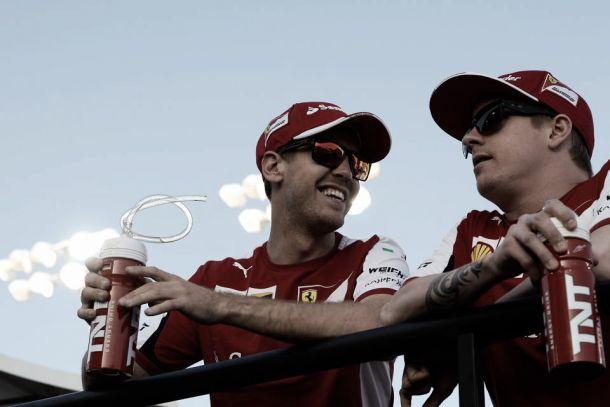 """Vettel difende Raikkonen: """"Le critiche sono normali in Formula1, ma lui sa quanto vale"""""""