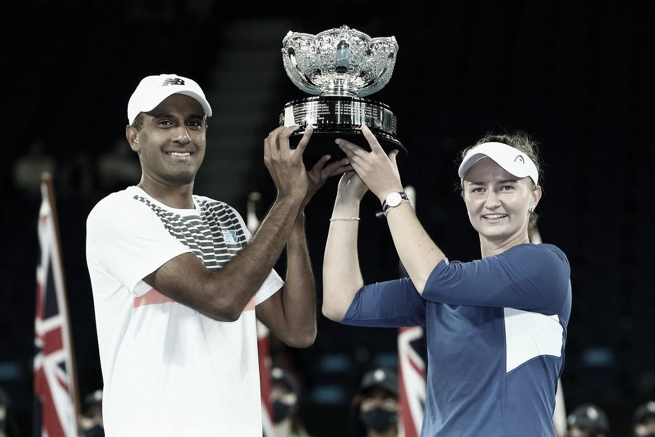 Krejcikova/Ram estragam festa local e são bicampeões de duplas mistas no Australian Open
