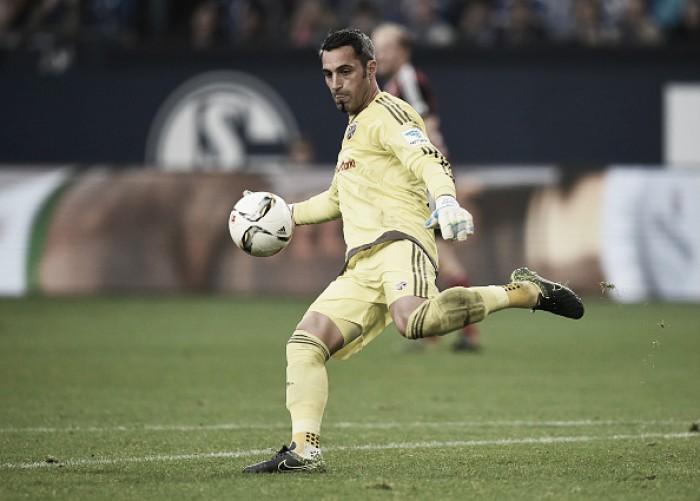 Goleiro austríaco Ramazan Özcan deixa Ingolstadt e acerta por três anos com o Leverkusen