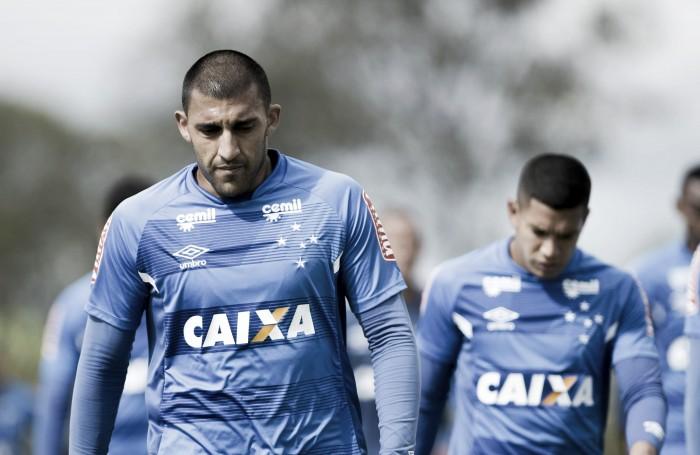 Titular do meio-campo do Cruzeiro desfalcará a equipe por seis semanas