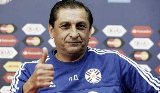 """Díaz: """"A Tevez le vamos a hacer sentir el peso"""""""