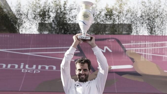 Albert Ramos vuelve a la gloria en Estoril