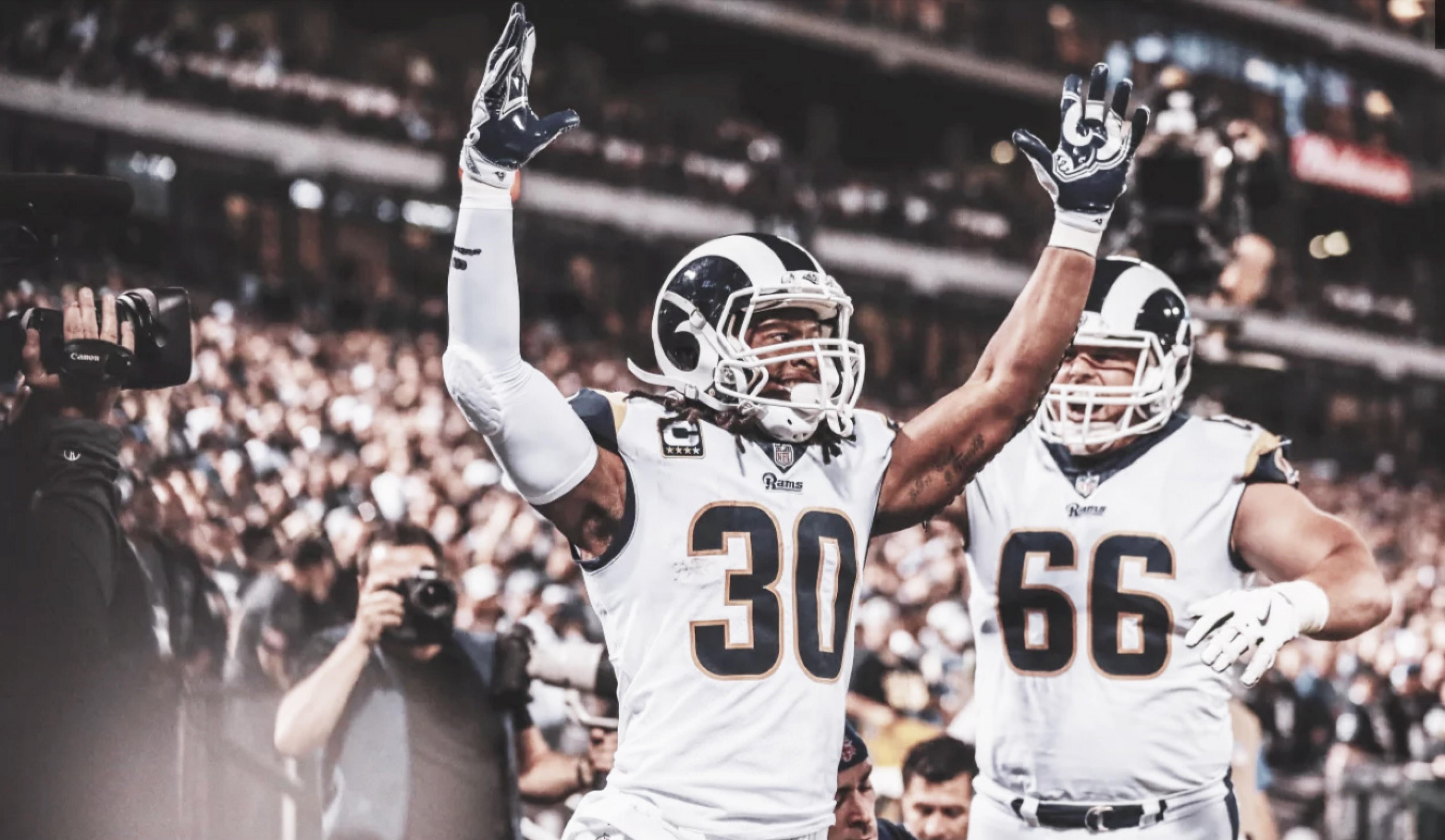 Arrollador estreno de los Rams