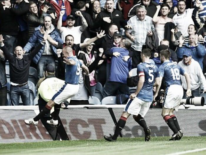 Miller marca no fim, Rangers conquista segunda vitória seguida e lidera Scottish Premiership