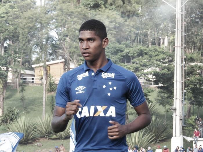 Raniel fala sobre infância sofrida e quer brilhar no Cruzeiro para ajudar família no Nordeste