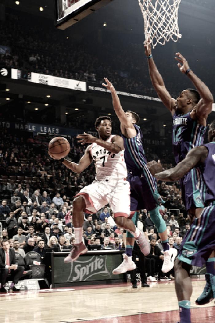 Los Raptors vencieron a Hornets 126-113