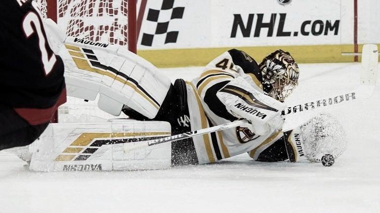 Rask acerca a los Bruins a la final de la Stanley cup