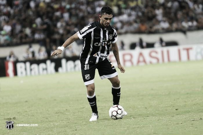 Retorno de Raul e dúvida no ataque: Chamusca esboça Ceará para enfrentar Londrina