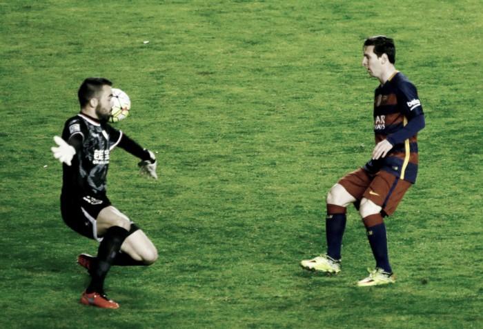 Con Messi en llamas, el 'Barça' se afirma en la Liga