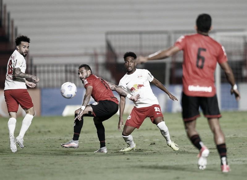 Mirando o G-4, RB Bragantino recebe Atlético-GO pelo Brasileirão