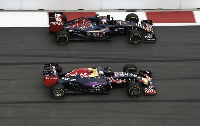 Red Bull estuda substituir Kvyat por Verstappen