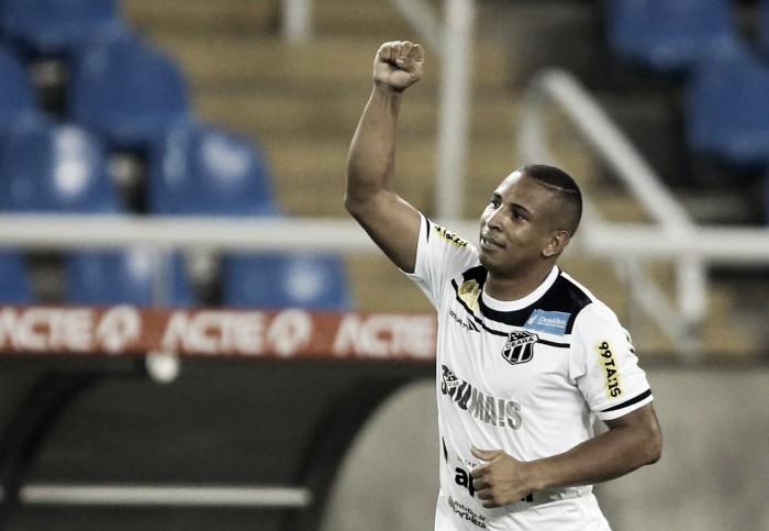 Após derrota para Avaí, Rafael Costa reconhece erros e pede atenção da equipe
