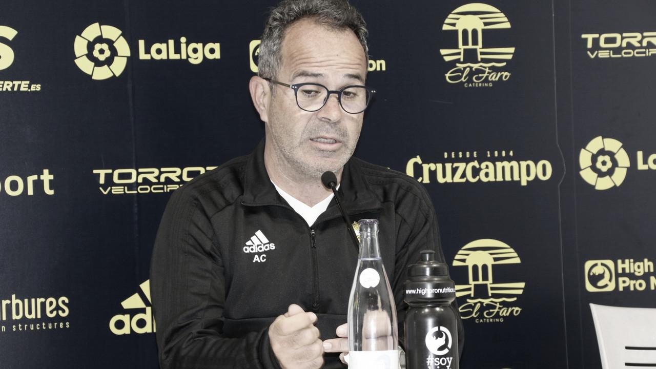 """Álvaro Cervera: """"Ambos equipos vamos apretados"""""""
